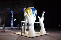 Beach Fort Lauderdale Giant Hands