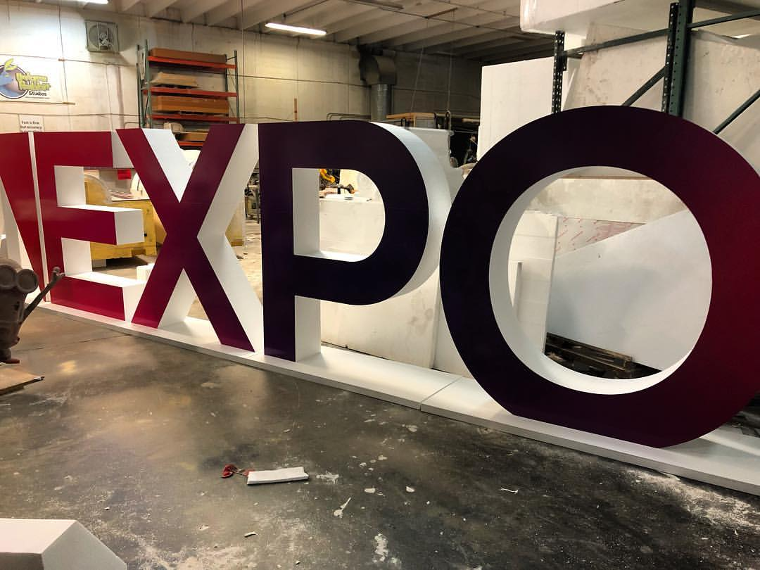 Giant_Letters_Expo