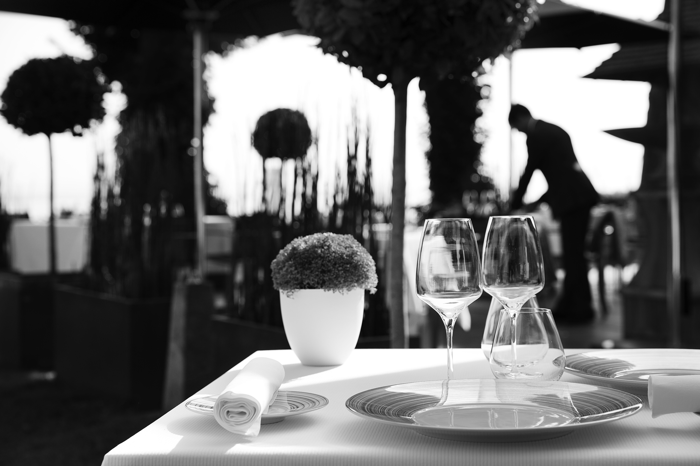 la ferme st simeon-terrasse gastronomiqu