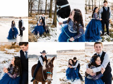 Winter Family Session - Appleton Family Photographer