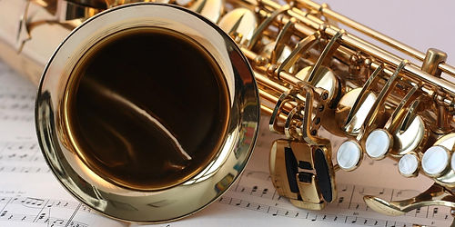 2795951409-saxophone-546303_(1)-g52k-192