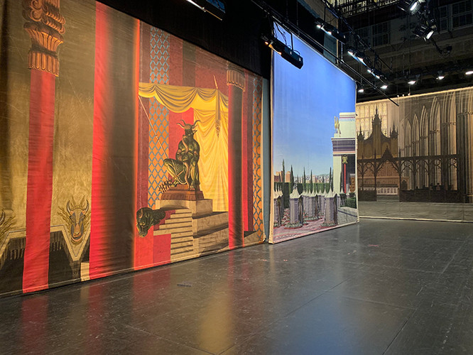 Behind The Scenes: The Art of the Hollywood Backdrop