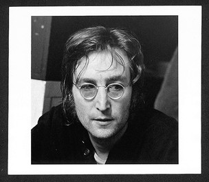 John Lennon - Face Butterfly Studios, NYC 1972