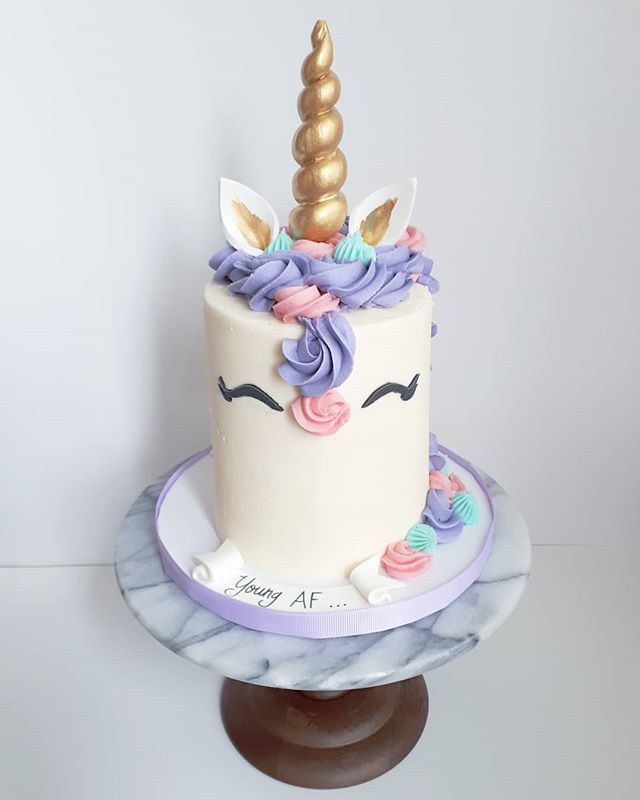 UNICORN CAKE_•_•_•_What better way to ce