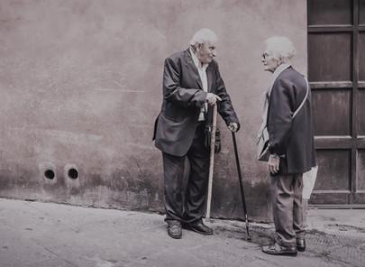 והדרת פני זקן מתחיל באיך מדברים לזקנים