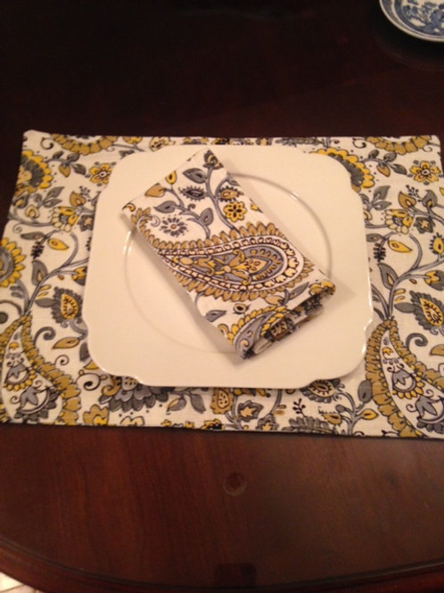 Gray Gold Paisley Placemats