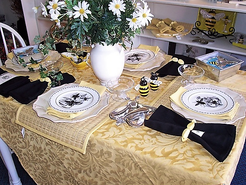 Custom Tablecloths The Ivy Trellis tablecloths