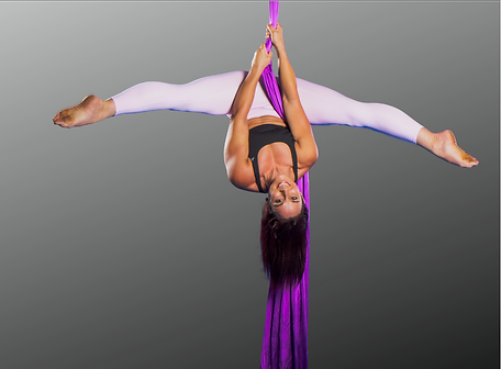 Rony Elisara upside in aerial silks