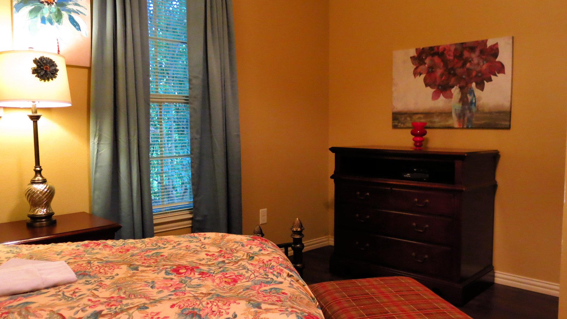 The Midtown Bedroom
