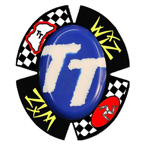 WIZ FLAG KNEE SLIDERS LEATHERS PUCKS MOTOGP BSB WSB ISLE OF MAN IOM TT RACES RACERS RACING KNEEDOWN APLINESTARS DAINESE HRC