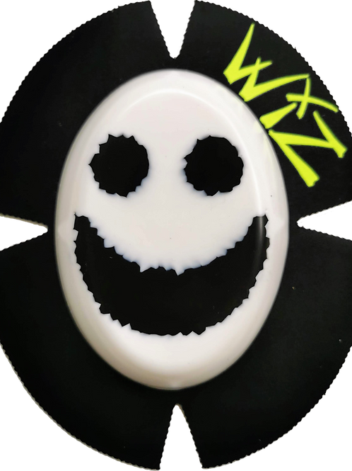 WIZ SMILEY KNEE SLIDERS LEATHERS LEATHER SLIDERS PUCKS KNEEPUCKS MOTOGP BSB WSB ISLE OF MAN IOM TT RACES RACERS RACING SPARKY