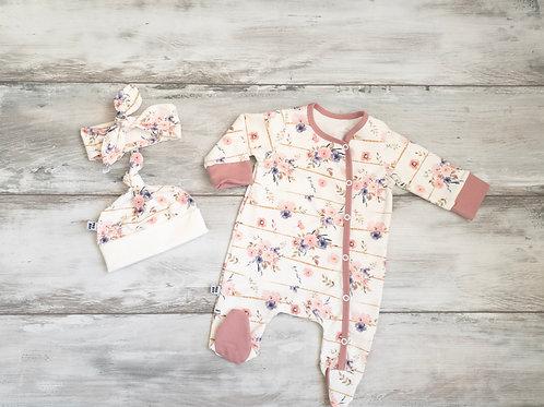 Pidžamma/rāpulītis ar maigi rozā ziedu rakstu