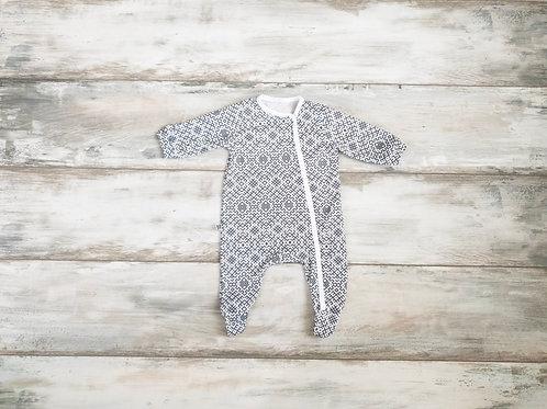 Latviska dizaina pelēkas krāsas pidžamma/rāpulītis
