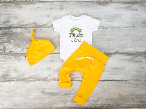 """Dzeltens """"Mazais Līgotājs"""" komplekts ar biksēm, bodiju un cepuri"""