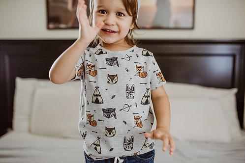 T-krekls ar meža zvēru dizainu