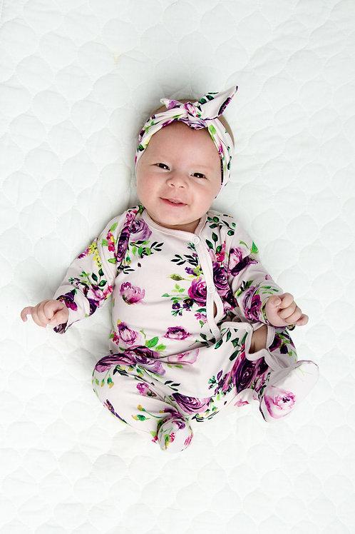 Pidžamma/rāpulītis ar violetu rožu rakstu