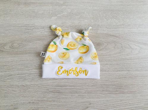 Personalizēta cepure ar citronu dizainu ar diviem mezgliņiem
