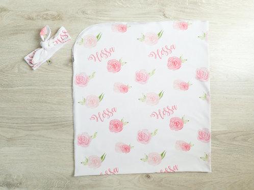 Unikāla rozā ziedu raksta sedziņa un matu lenta ar bērna vārdu