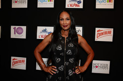 25_Supermodel Beverly Johnson on the red carpet at STYLE360