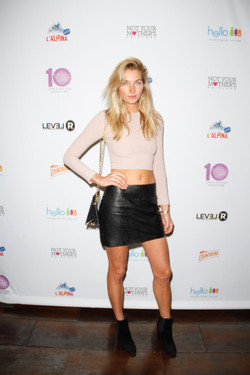 27_Victoria Secret Model Jess Hart on the red carpet at the STYLE360 10th Anniversary Party