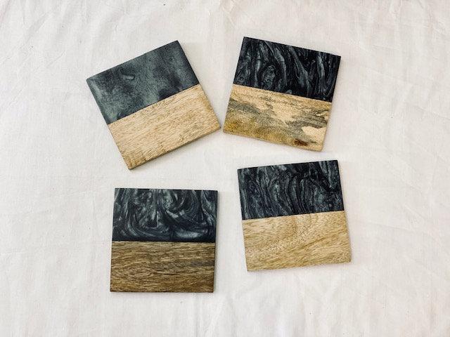 Posavasos India madera y mármol cuadrados