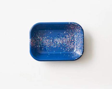Fuente rectangular S enlozado azul