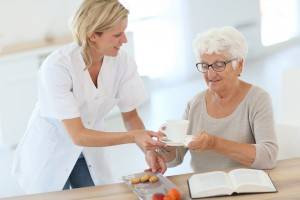 Knowing Your Options: Assisted Living vs. Home Care
