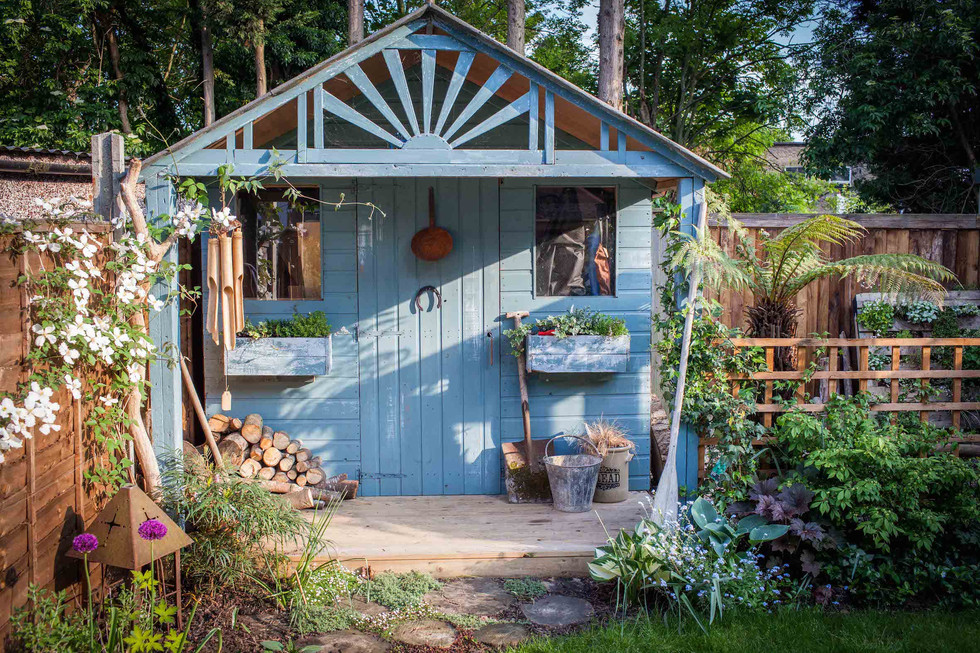 Shaby Chic shed by Simon Orchard Garden Design