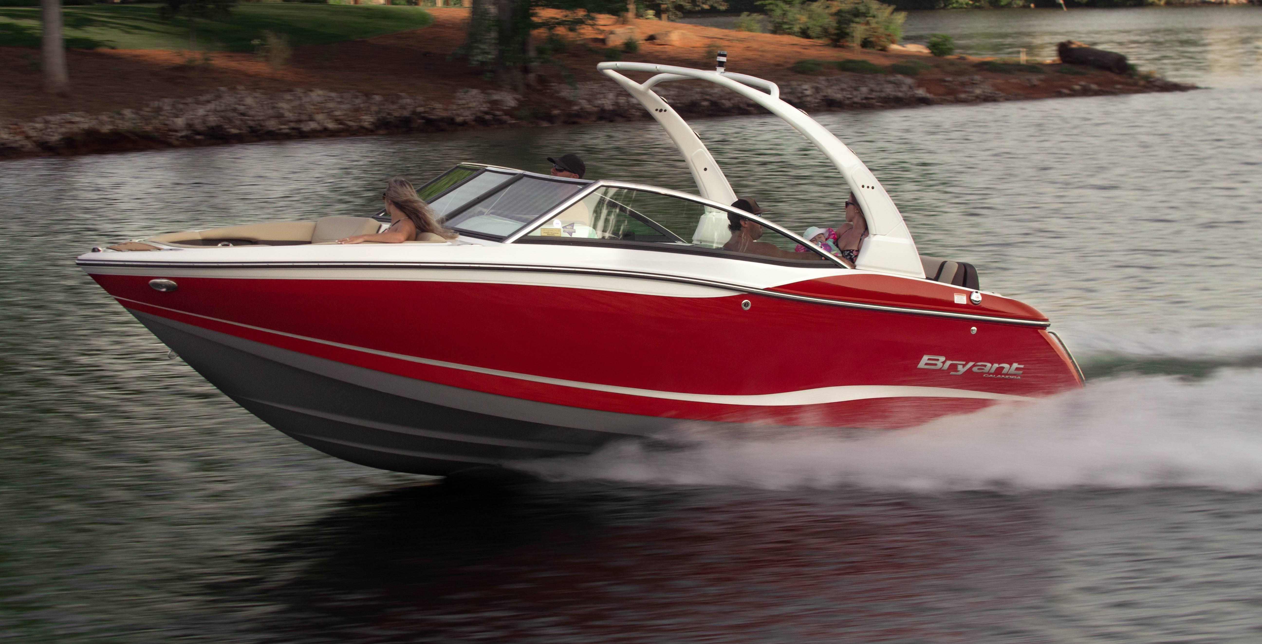 Bryant Boats - Calandra (Model Video)