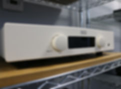 Home audio stereo hifi Hegel Rost Integrated amplifier
