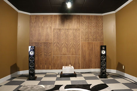 Home audio Triangle loudspeakers hifi high end audio listening room hegel power amp