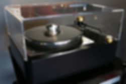 home audio stereo vinyl turntable