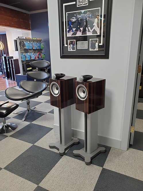 B&W 705 S2 Signature/800 series stands