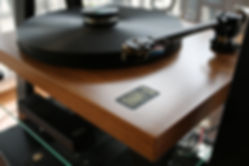 home audio stereo hifi vinyl turntable gold note