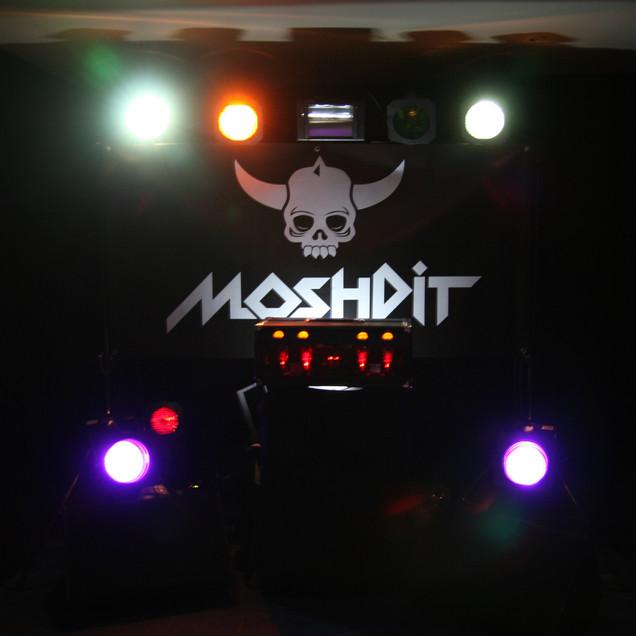 VOLKER MORAWE / Moshpit AMP