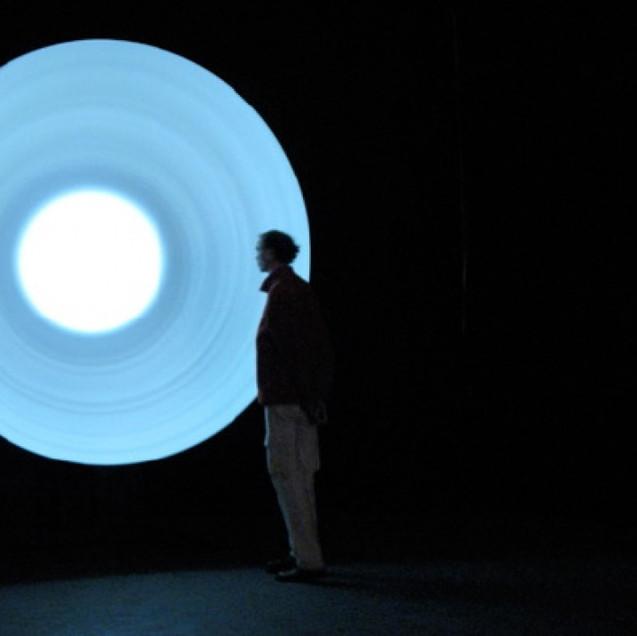 FÉLICIE D'ESTIENNE D'ORVES / Gong Serie Cosmos