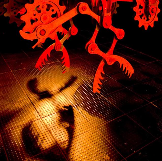 U_JOO et LIM HEE YOUNG / The Dark Eating Machine, Nightmare Machine