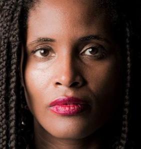 Feminista e contra o racismo