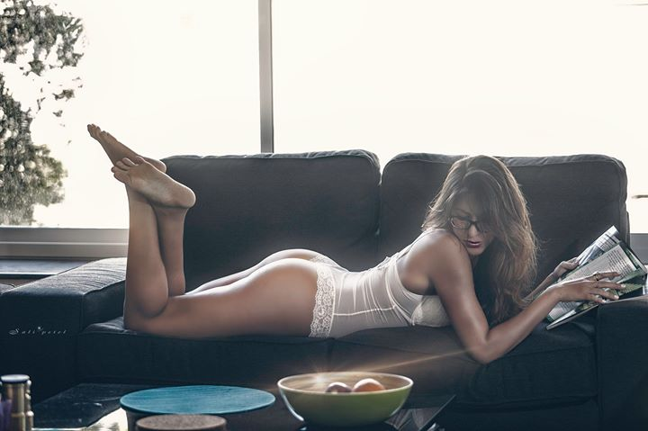 Morning pai_Mod_ Sally Refaeli