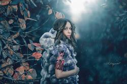 Winter time_Mod_ Ilana Farjun