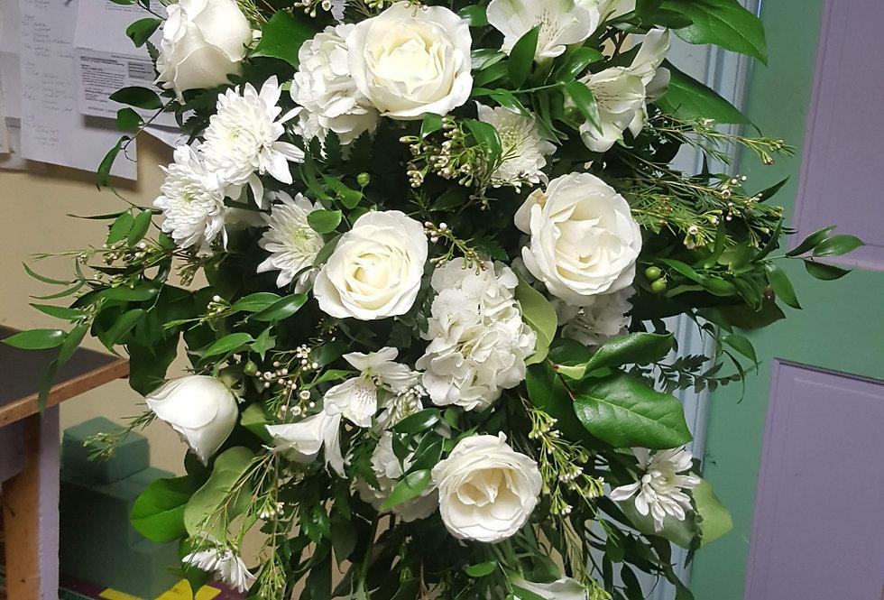 White Linen Tribute Spray