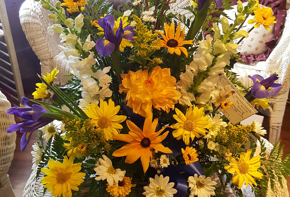Sympathy Traditions Basket in Yellows