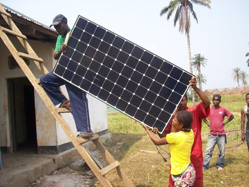 Solar Volunteer - Africa.JPG