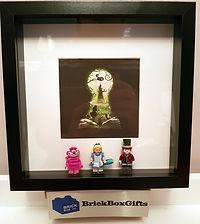 Alice in Wonderland Disney BrickBox Minifigure frame