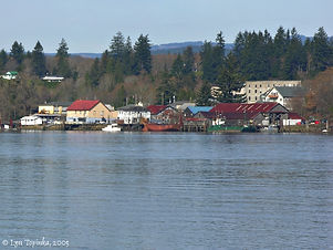 cathlamet_washington_from_puget_island_0