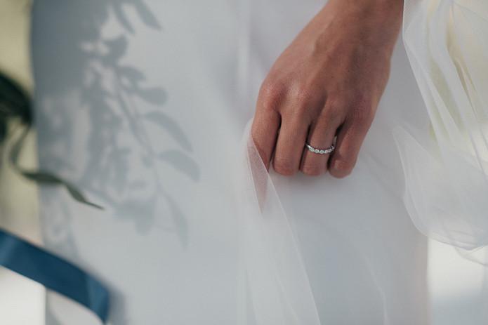 Prostě šťastná ruka nevěsty