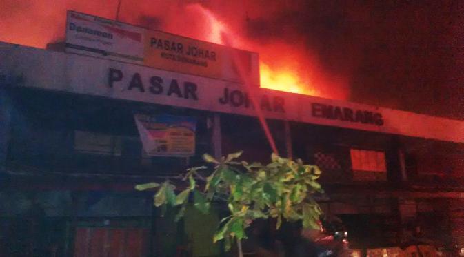 Pasar Johar Semarang Terbakar