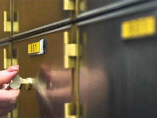 Jangan Simpan Barang-Barang Ini Di Dalam Safe Deposit Box Anda