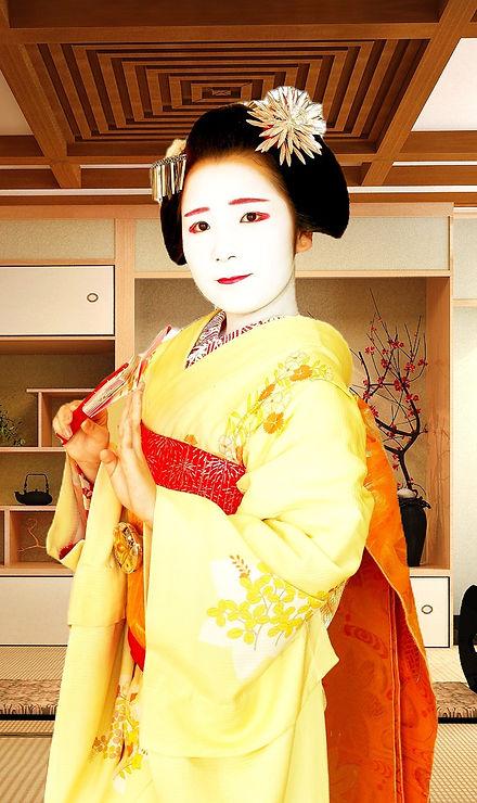 maikoimg_edited_edited.jpg