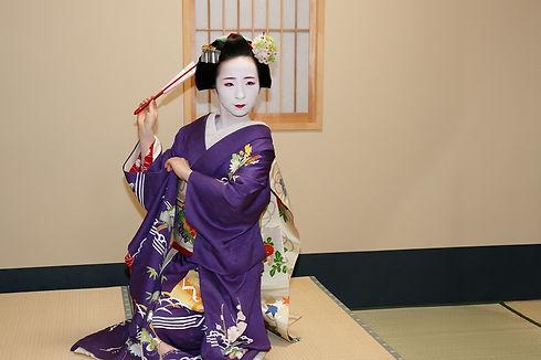 dance with maiko.jpg